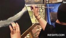 بالفيديو.. رسامة سعودية فاقدة للبصر تبهر الناظرين بريشتها الذهبية